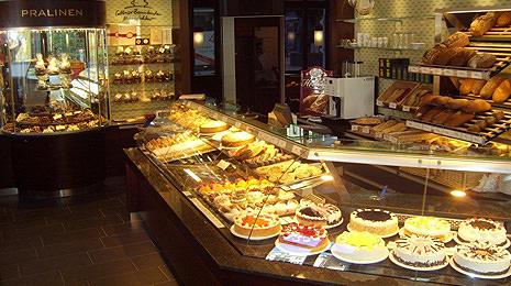 Erstklassige Feinbackwaren, Torten und Desserts im Lauterbach in Cottbus