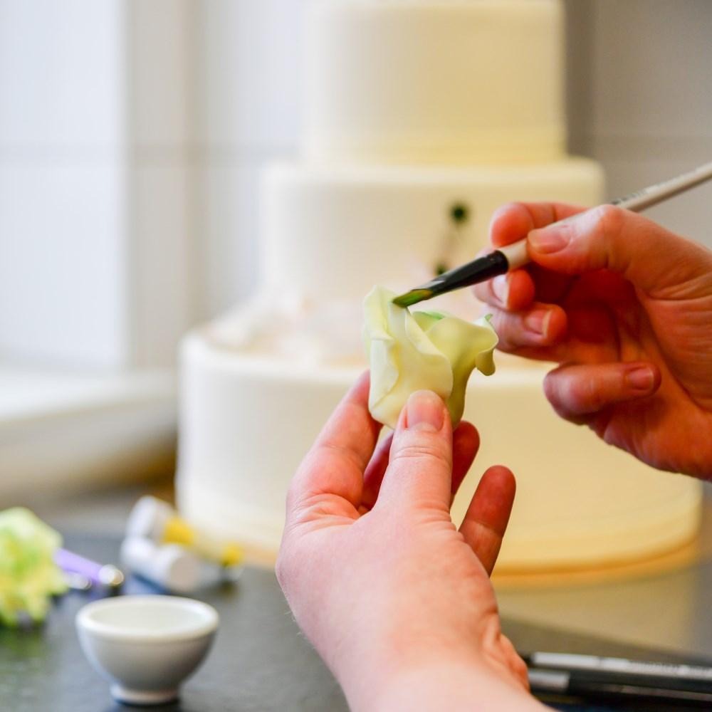 Individuelle Hochzeitstorten aus Cottbus vom Team der Conditorei & Café Lauterbach